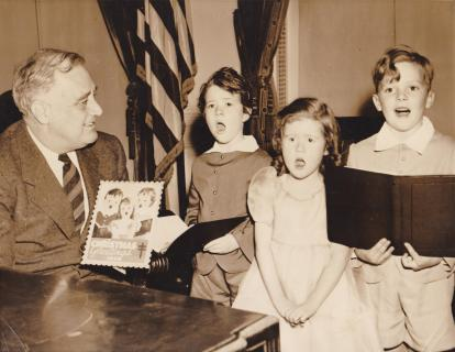 1940 Christmas Seal Models with President FDR